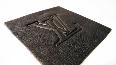 Gaufrage sur cuir